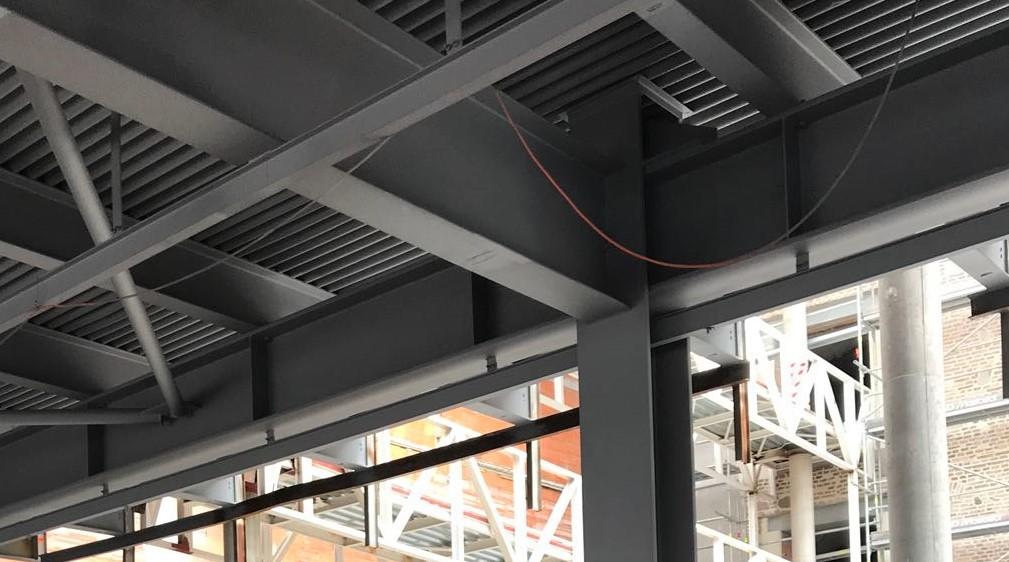 Protipožární ochrana kovových nosných konstrukcí a stropu